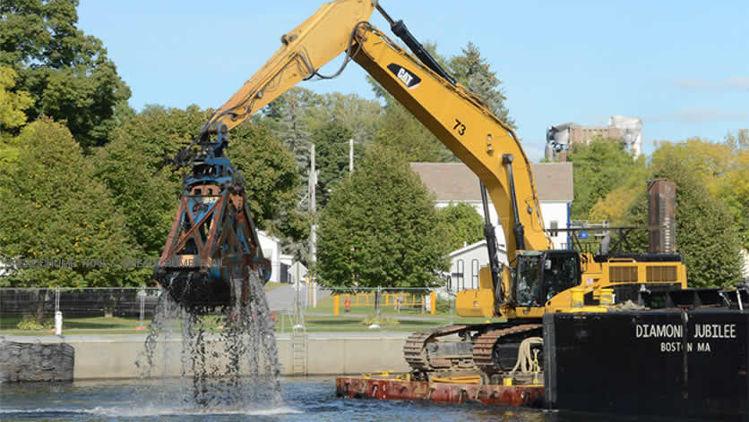 dredging reclamation project working for the Hudson River